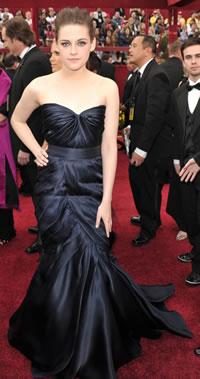 Kristen Stewart - 2010 Oscars